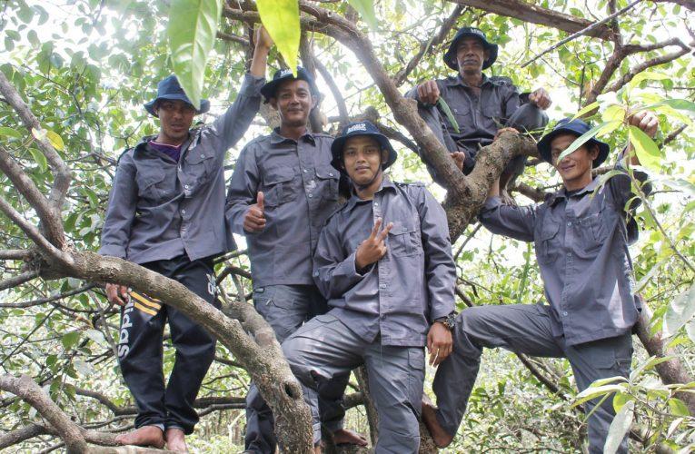 Perlindungan dan Pengawasan Hutan Desa Nanga Lauk