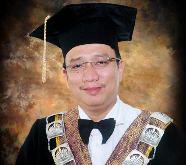 Prof Dr Gusti Hardiansyah
