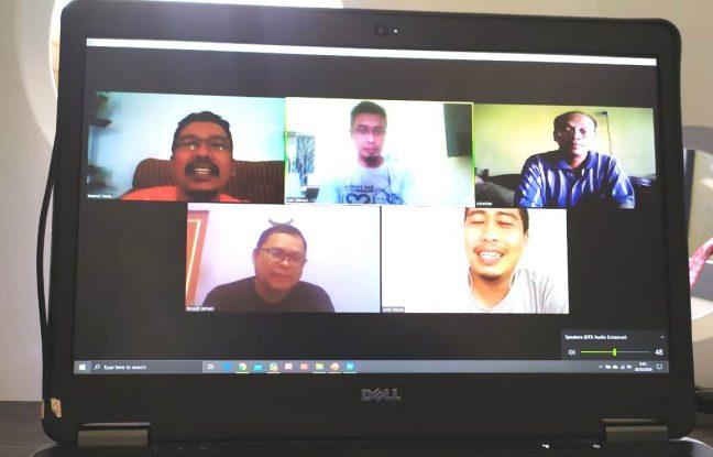 Rapat kerja PRCF Indonesia secara online menggunakan aplikasi zoom