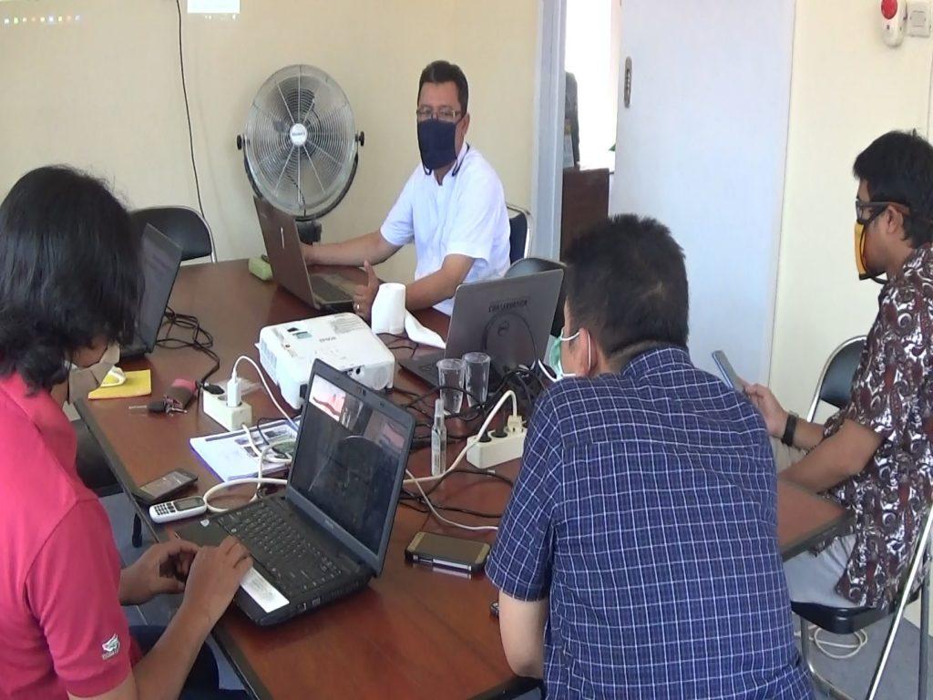 Rapat bulanan PRCF Indonesia dengan menerapkan protokol kesehatan