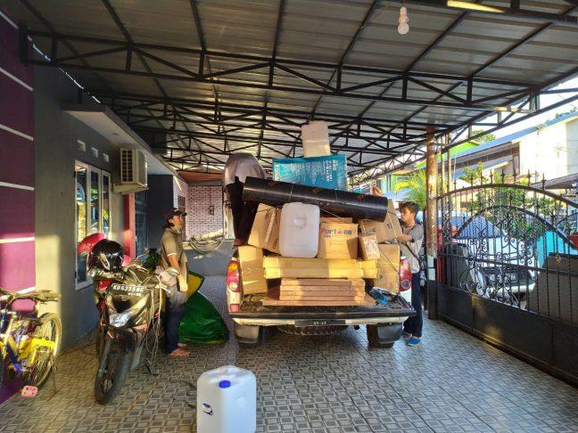 Bantuan sembako yang akan disumbangkan PRCF Indonesia ke warga Nanga Lauk