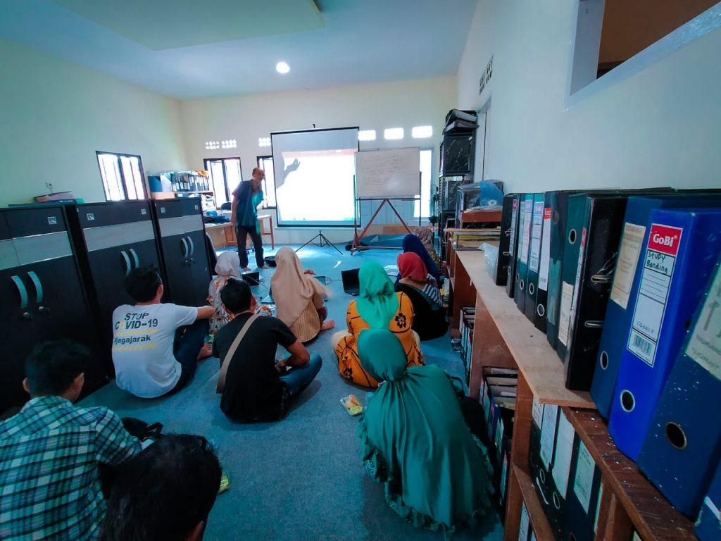 Pelatihan pengelolaan aset dan keuangan di Kantor PRCF Indonesia