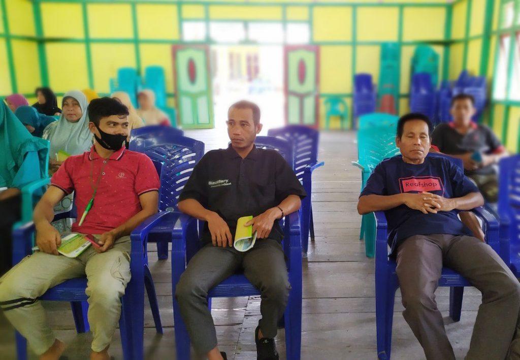 Peserta RAT KUPS yang difasilitasi PRCF Indonesia