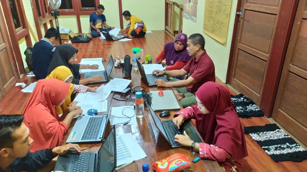 Awaluddin Razab sedang mengajarkan tata kelola keuangan