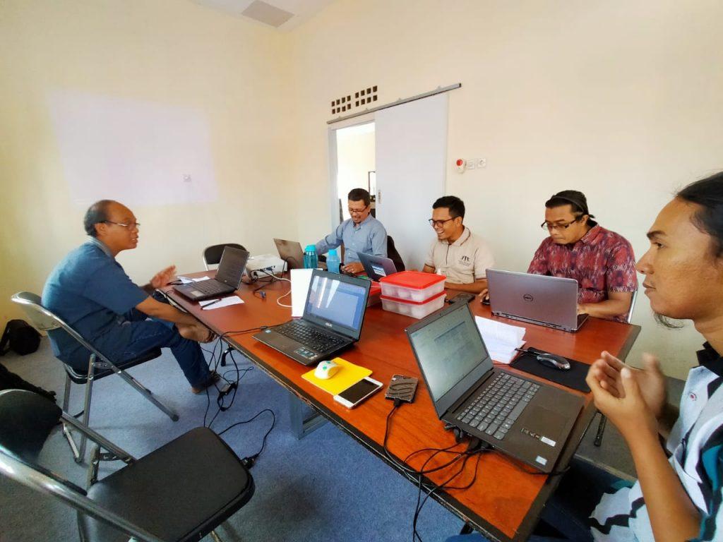 Rapat evaluasi PRCF