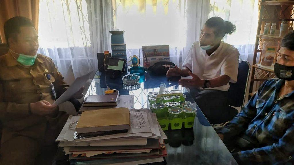 KUPS Rotan saat beraudiensi dengan Kepala Bidang Perindustrian, Hasnul Shabri