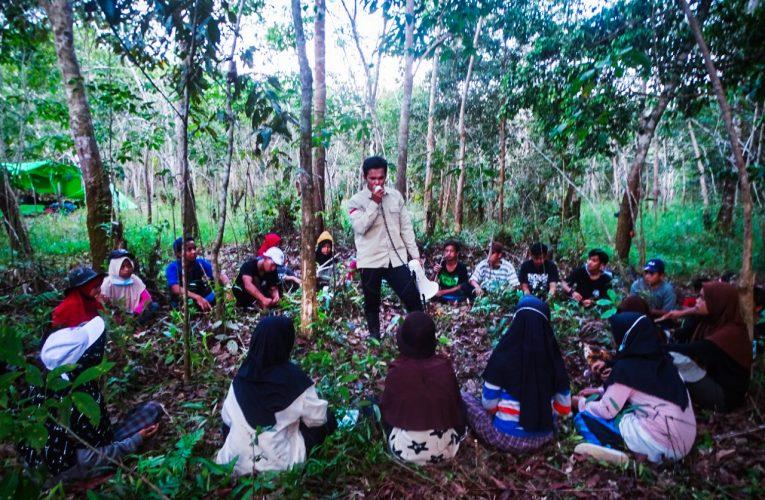 Camp Konservasi Sukses Digelar di Hutan Desa Nanga Lauk