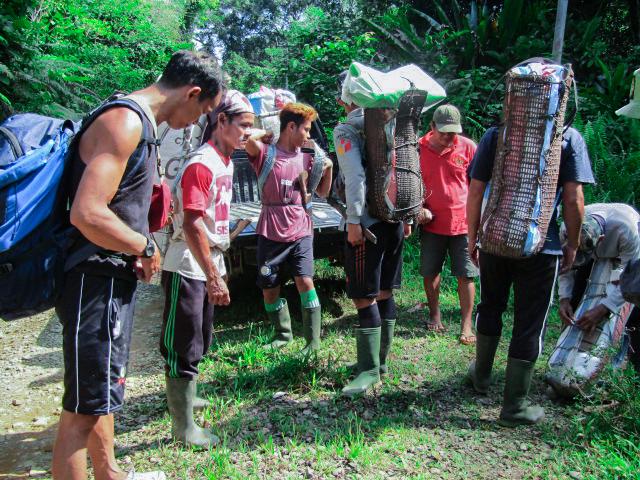Enam Peralatan Wajib Dibawa Saat Patroli Hutan